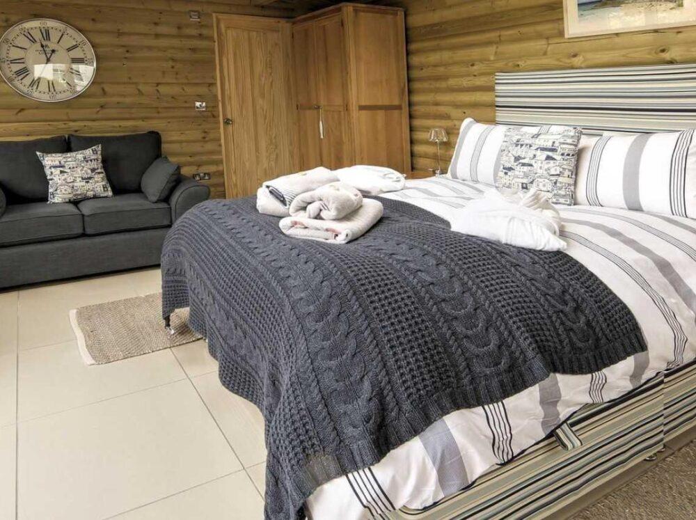 Downsfield Bed & Breakfast St Ives - Bedroom 1